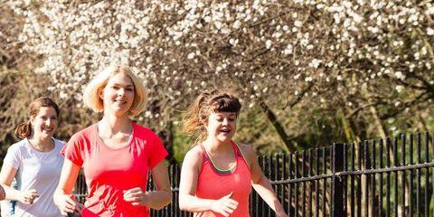 People in nature, Endurance sports, Active pants, Running, Active shorts, Active tank, Sleeveless shirt, Leggings, Spring, Athlete,