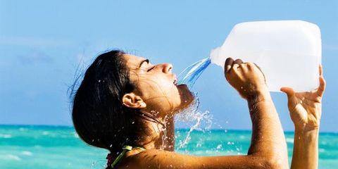 Fun, Fluid, Liquid, Water, Leisure, Happy, People in nature, Summer, Elbow, Sunlight,