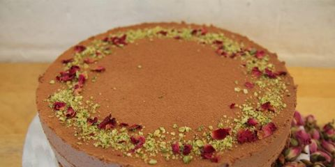 Cake, Cuisine, Sweetness, Food, Ingredient, Dessert, Baked goods, Dish, Cake decorating, Recipe,