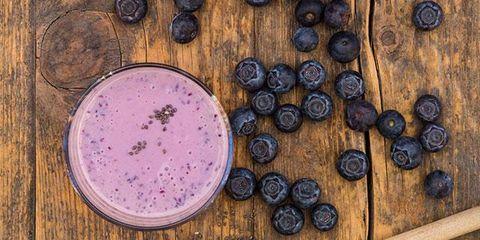 Wood, Purple, Dishware, Serveware, Ingredient, Violet, Lavender, Natural material, Circle, Berry,