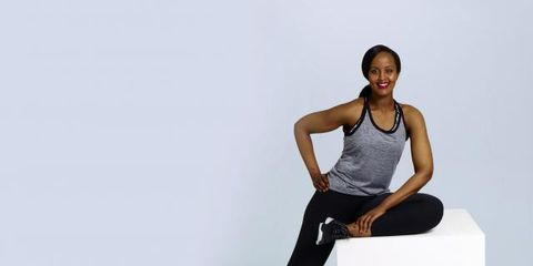 Shoulder, Human leg, Elbow, Joint, Sleeveless shirt, Knee, Wrist, Sitting, Undershirt, Thigh,