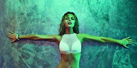 Green, Bikini, Beauty, Model, Muscle, Swimwear, Photography, Leg, Photo shoot, Plant,