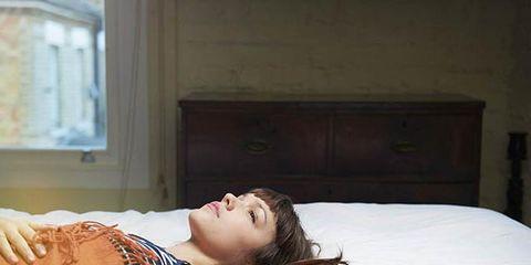 Shoulder, Comfort, Room, Bed, Elbow, Linens, Bedroom, Beauty, Bedding, Cabinetry,