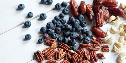Food, Plant, Ingredient, Fruit, Dried fruit, Cuisine, Produce, Raisin,