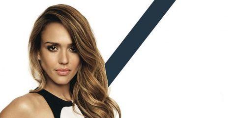 Hairstyle, Shoulder, Sleeveless shirt, Style, Eyelash, Chest, Active tank, Long hair, Step cutting, Brown hair,