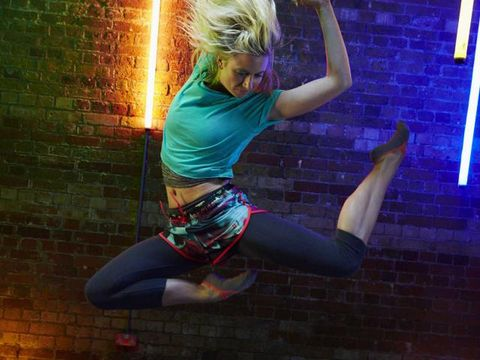 Arm, Cool, Thigh, Knee, Flash photography, Blond, Dance, Active pants, Costume, Dancer,