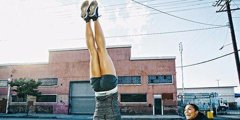 Leg, Human leg, Knee, Thigh, Waist, Overhead power line, Street fashion, Snapshot, Acrobatics, Physical fitness,