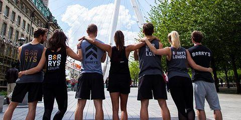 Clothing, Daytime, Social group, Summer, Shorts, Interaction, Friendship, Team, Active shorts, Calf,