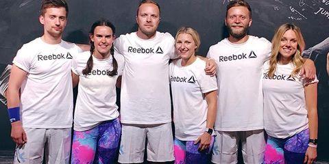 Leg, Smile, Active shorts, T-shirt, Shorts, Purple, Bermuda shorts, Friendship, Trunks, Thigh,