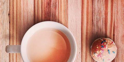 Wood, Serveware, Dishware, Ingredient, Peach, Drink, Hardwood, Drinkware, Orange, Tea,