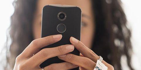Finger, Brown, Skin, Nail, Ring, Gadget, Wrist, Thumb, Metal, Engagement ring,
