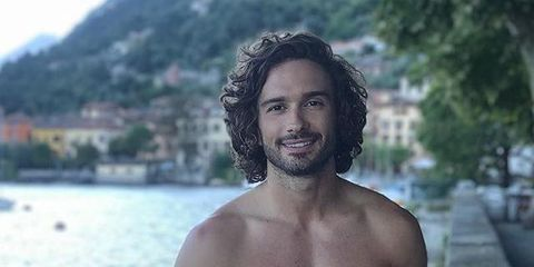 Barechested, Hair, Face, Chest, Muscle, Beauty, Smile, Cool, Human, Trunk,