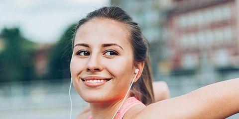 Lip, Eyebrow, Sleeveless shirt, Happy, Active tank, Beauty, Jewellery, Muscle, Chest, Eyelash,