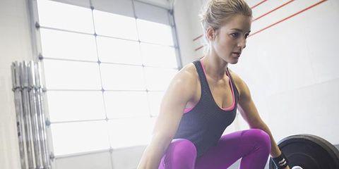 Leg, Human leg, Sportswear, Chin, Exercise equipment, Physical fitness, Shoulder, Chest, Elbow, Exercise,
