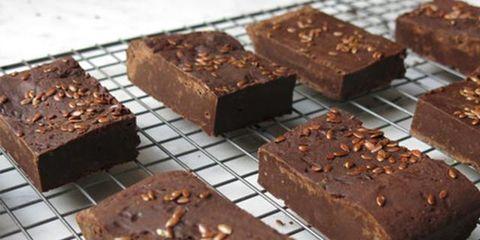 Chocolate brownie, Food, Chocolate, Dish, Fudge, Cuisine, Dessert, Baked goods, Snack cake, Flourless chocolate cake,