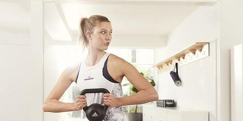 Karlie Kloss On Fasted Workouts Morning Cookies And Her Daily Breakfast