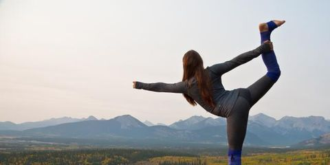 Human leg, People in nature, Active pants, Knee, Physical fitness, yoga pant, Exercise, Stretching, Balance, Long hair,