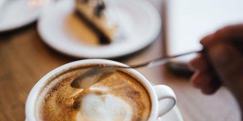 Caffè macchiato, Coffee, Wiener melange, Cappuccino, Flat white, Espresso, Latte, White coffee, Drink, Food,