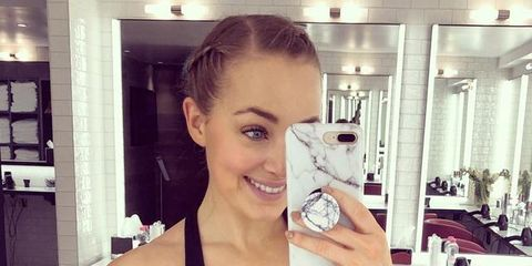 Hair, Shoulder, Selfie, Beauty, Arm, Blond, Muscle, Photography, Physical fitness, Room,