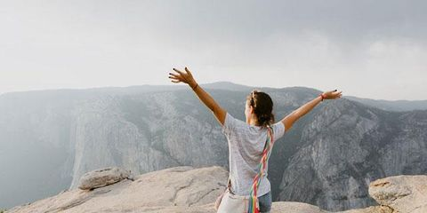 Atmospheric phenomenon, Fun, Leg, Tourism, Vacation, Photography, Hill station, Happy, Mountain, Rock,