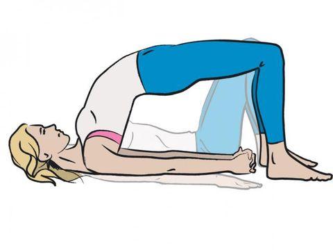Human leg, Elbow, Wrist, Shoulder, Joint, Waist, Sitting, Knee, Chest, Physical fitness,